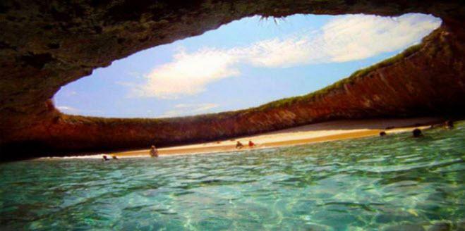 Mexico Hidden Beach Closed