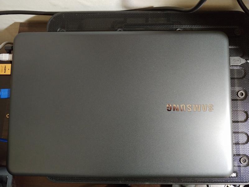 삼성전자 노트북5 NT550EBV-AD5BA - 외관